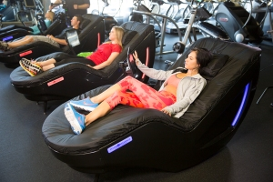 HydroMassage Lounges