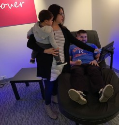 A family enjoys HydroMassage®