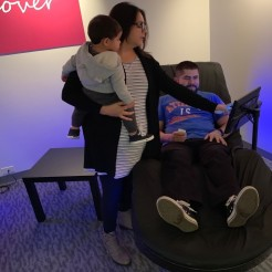 A family enjoys HydroMassage®